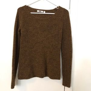 Uniqlo mustard sweater large